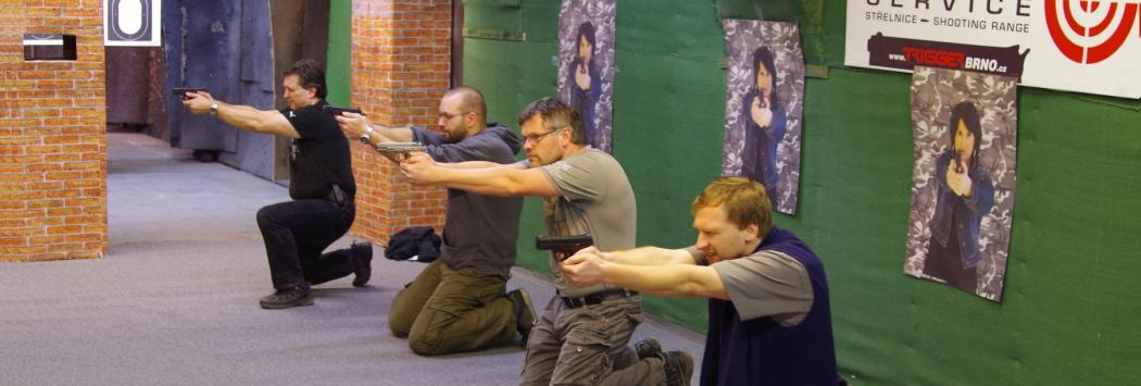 Základní kurz obranné střelby s krátkou palnou kulovou zbraní